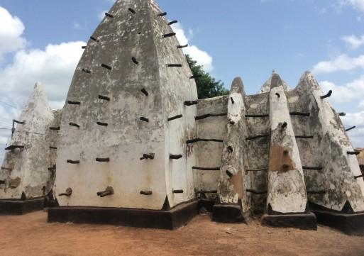 Oldest ancient Laribanga mosque