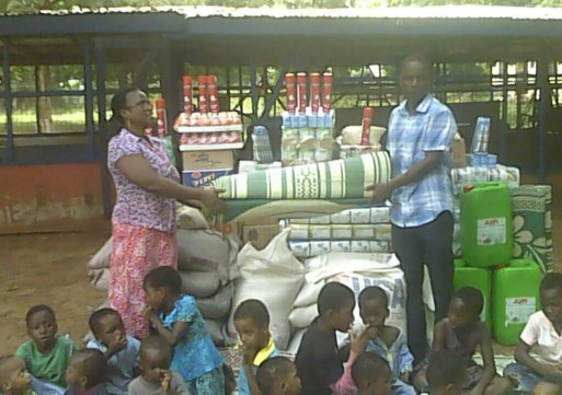 Tiyumtaba Association of New Jersey donates to orphanages in Tamale